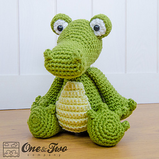 crocodile_amigurumi_crochet_pattern_02_small2.jpg